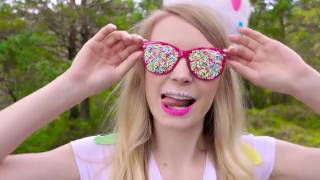 sarabeautycorner DIY Halloween Costumes Out of Candy! 15 DIY Projects for Halloween 2016
