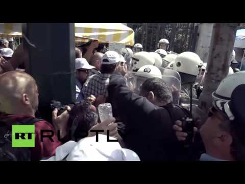 Greece: Clashes erupt as Piraeus Port is sold to Chinese company