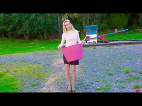 Funny Moments Sarabeautycorner Diy Comedy Makeup Nail Art Youtube