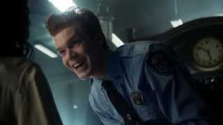 Gotham s02e02 | there is nothing more contagious than laughter