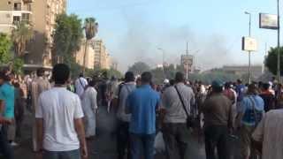قناصة الجيش تقتل المؤيدين الرئيس محمد مرسي السلميين عند الحرس الجمهوري Thumbnail