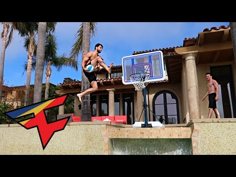 SLAM DUNK CONTEST!!!! (CRAZY DUNKS)