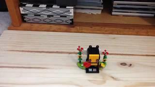 Lego 2018 BrickHeadz Valentine's Bee 40270 Set Review