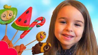 Learn Colors With Candy Lollipops for Kids Children / Finger FamilySongs