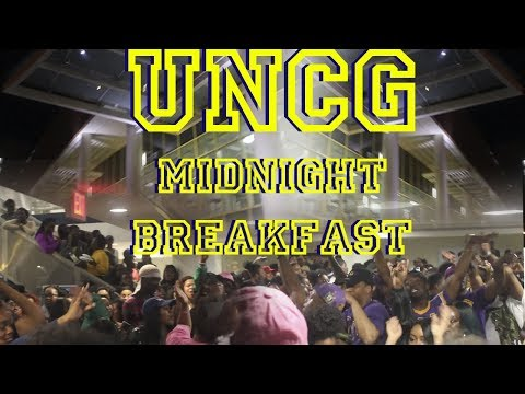 My PWI Be Lit Too ! UNCG Midnight Breakfast VLOG !