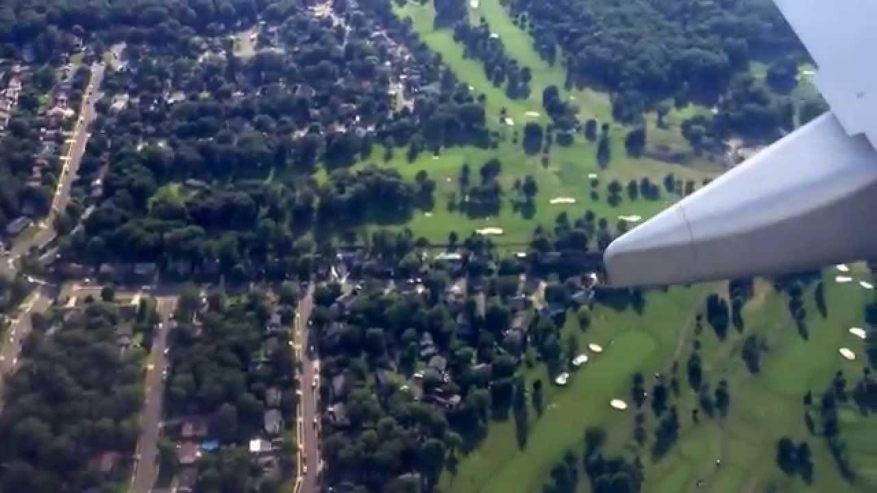 Landing at IAD Dulles International Airport Washington