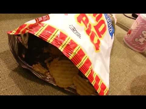 Old Dutch Creamy Dill Potato Chips | Rip.L | Water : ASMR / Mukbang  ( Eating Sounds )