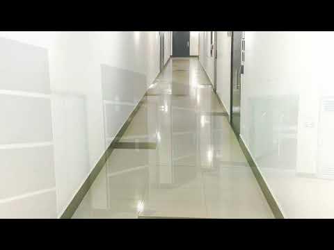 OFICINA EN ARRIENDO EN EL EDIFICIO BOGOTÁ TRADE CENTER