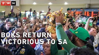 The victorious Springboks, having recently won the 2019 Rugby World Cup, returned to 5,000 fans singing, dancing and cheering their return at OR Tambo International Airport.