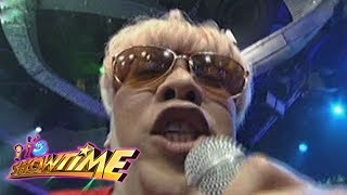 It's Showtime Cash-Ya: Vice gets angry
