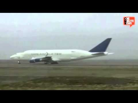 Dreamlifter Jumbo Jet Finally Takes Off After Landing At Wrong Airport