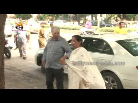 UNCUT: Amitabh Bachchan and Anil Kapoor Attend Aadesh Shrivastava's funeral