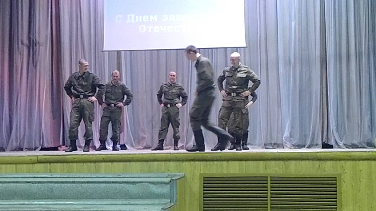 Макарена в армии - YouTube