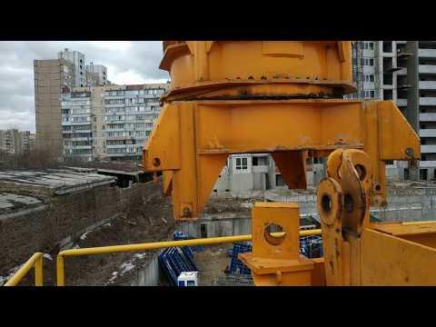 Начинаем монтаж башенного крана.