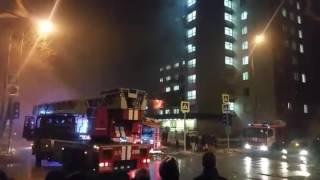 Пожар в общежитии в Восточном Измайлово, Москва , 21 февраля 2017 года(ул. 11-я Парковая, 7 стр. 1 , ночной пожар в общежитии #восточноеизмайлово #пожар #общежитие #11парковая., 2017-02-20T22:59:13.000Z)