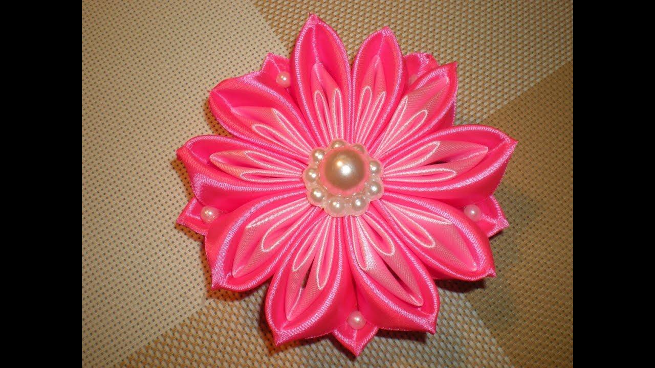 Канзаши мастер класс. Цветы из атласных лент 84