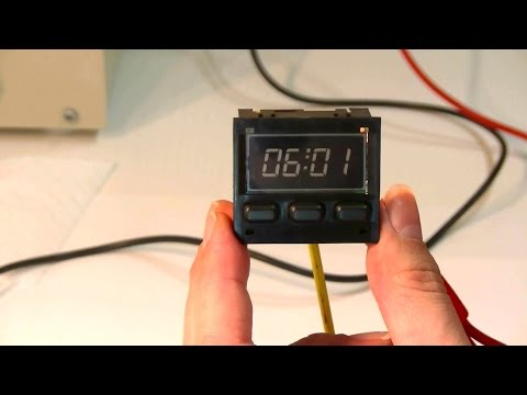 Porsche 944 Repairing The Digital Clock