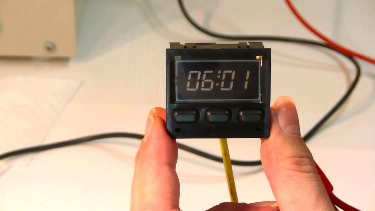 porsche 944 repairing the digital clock youtube rh youtube com