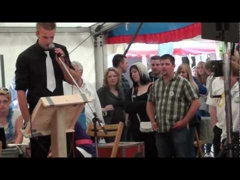 Zeb zingt 'Pretty Woman' tijdens karaoke op het Musikfest Bad Bramstedt 2012