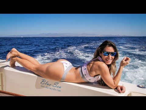 Cabo San Lucas Private Party Boat | Blue Sky Cabo