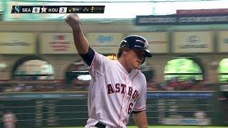 Hernandez hits his first Major League homer