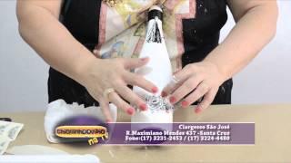 Reciclagem de garrafas com Sandra Rossi