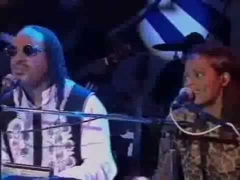 Stevie Wonder and Des'ree-  Ribbon in the Sky Live