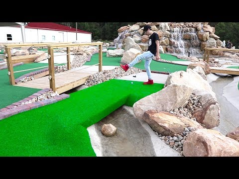 ONCE IN A LIFETIME MINI GOLF HOLE IN ONE!