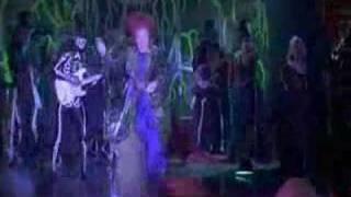 Hocus Pocus - Bette Midler - I Put  A Spell On You