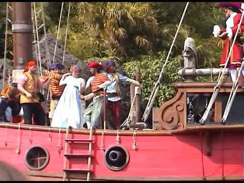 Disneyland Park Paris - Peter Pan to the Rescue