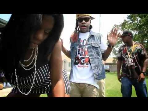 Lil Chuckee ft 10 Ward Buck, Kelz & Detroit - She Got It