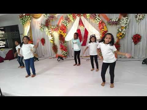 #Ismart Shankar# Silaka Silaka Song Dance Dimaak Kharaab# Dance By Neeharika & Monika# Mahesh