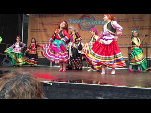 رقص شاد شمالي - رقص گیلکی گروه کرشمه - رقص گیلکی کودکان گروه کرشمه -جشن فرهنگها 2016 فرانکفورت thumbnail