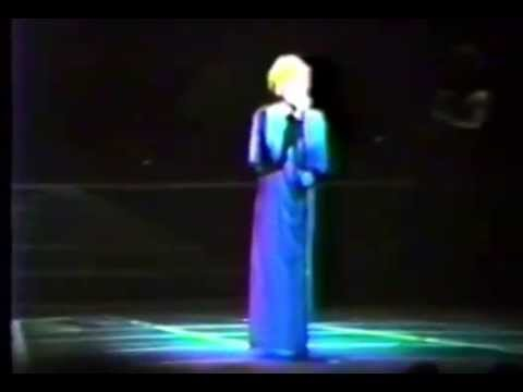 Bette Midler - Stay With Me (Live 1983)