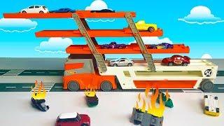 Мультфильмы про машинки-  Авария на дороге- Пожарная машина тушит пожар