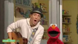 sesame street outdoors with jason mraz sings with elmo i m yours