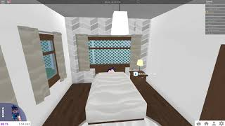 I HAVE THE COZY COTTAGE HOUSE   Welcome to Bloxburg