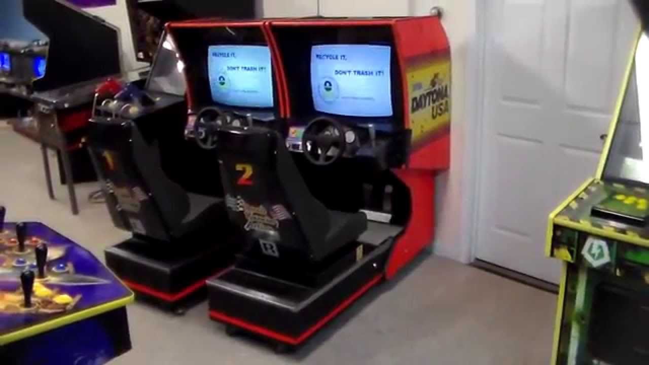 Segau0027s Daytona USA (video 3!) Gameplay   Cabinet Overview, Arcade Classic !