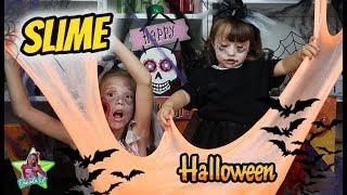 Haciendo Slime Gigante de Halloween con mi prima Martina de 2 años