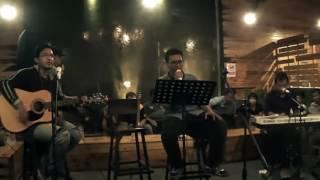 Gambar cover RACHMAT - Cinta tak harus memiliki (live in Bogor at Momo Milk Barn)