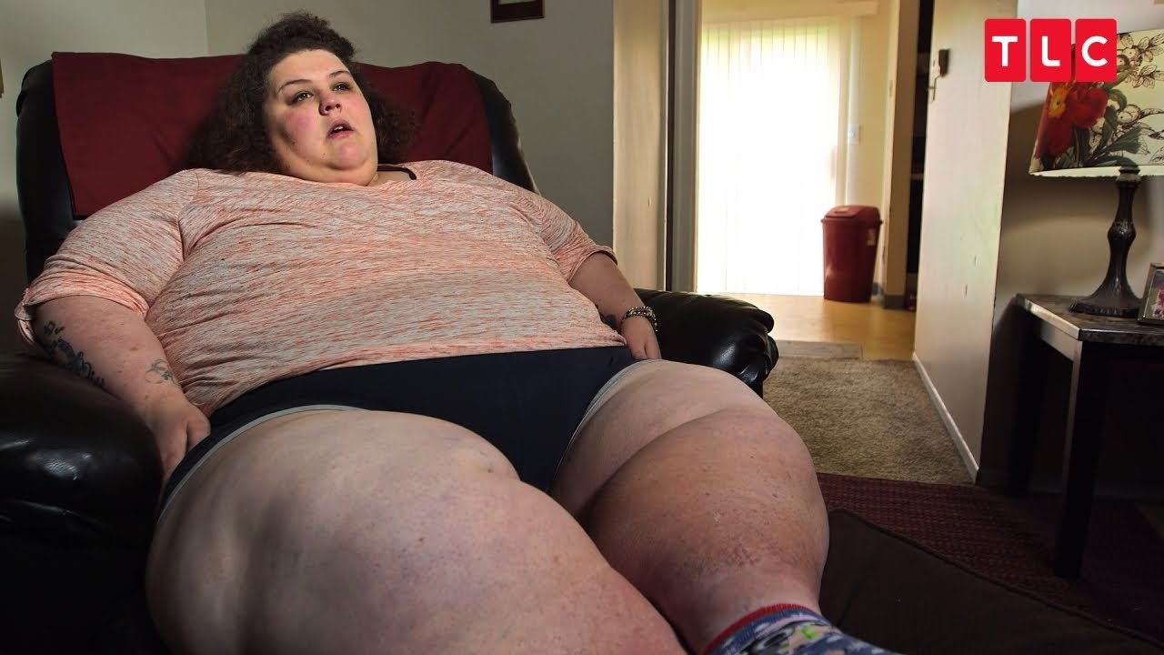 Download Sneaking Food Led This Woman To Weigh 200 lbs At 8 Years Old