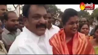 MLA RK Roja Cheques Distributed DWCRA Women in Nagari | Sakshi TV