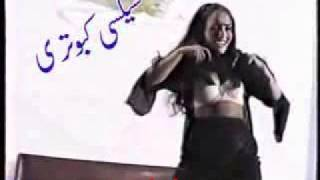 Sexy Punjabi girl in hot Pakistani mujra dance