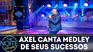 Axel canta Medley de seus sucessos| The Noite (27/11/18)
