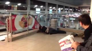 Бомжатник на Курском вокзале