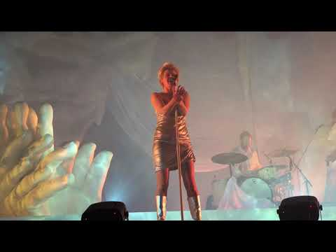 Robyn's World Tour 2019 Live From Chicago