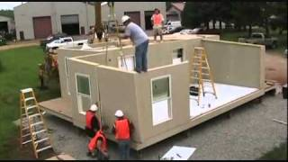 House - Cubed: Rapidly Deployable Housin...