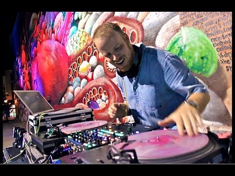 Skratch Bastid performs at Artfusion Fest 3 - The Stephen Watson Memorial Mural #SWMM