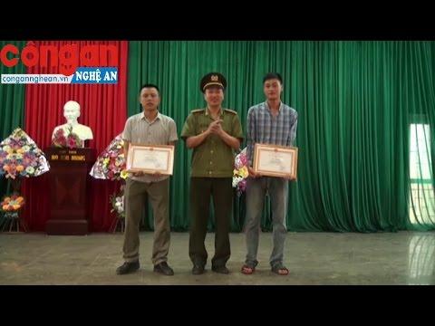 Trao giấy khen cho 2 thanh niên dũng cảm bắt cướp