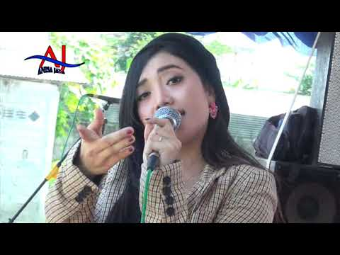 Download DEVIANA SAFARA ~ NEW VIVA MUSICA 2019 ~ kemarin (yesterday) #KSTV live tulungagung